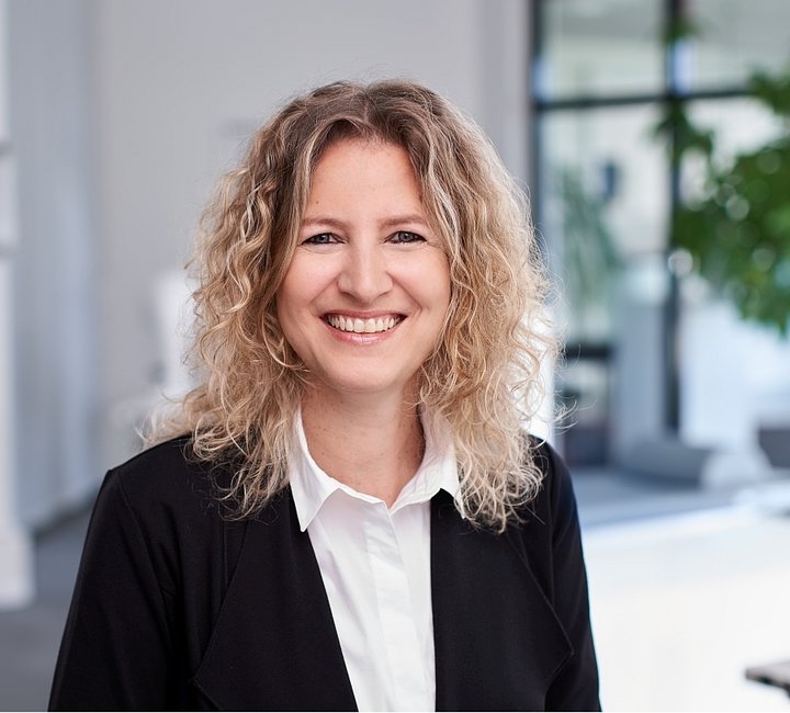 Mrs. Tannja Rückert, client | © SCHWIND eye-tech-solutions GmbH